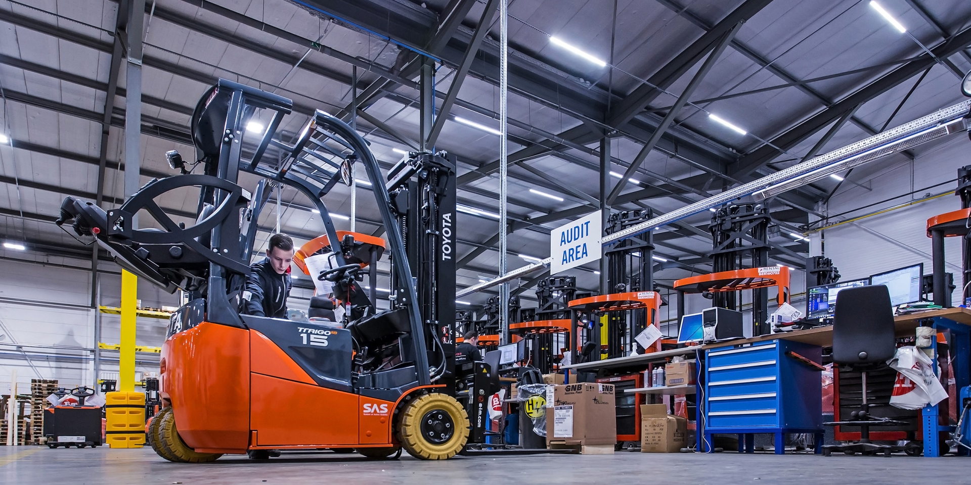 Wilrijk, Toyota Material Handling - activity at logistics site