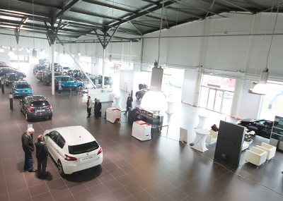 Showroom Wilrijk 1 for Peugot